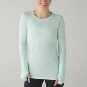 Gap Fit breathe long sleeve work out top aqua S